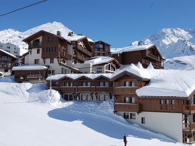 Photo for Val Thorens Ski in/out 3 bedroom luxury apartment for 6 with swimming pool, jacuzzi, spa