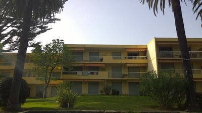 Photo for Apartment T3 of 62 m² near beach with pool, Juan-les-Pins