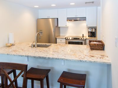 Photo for Harbour Town Villa only steps away from Lighthouse! Pool pass included!