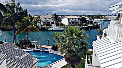 Best Property in Freeport - Waterfront with Extraordinary view, Pool, & Netflix