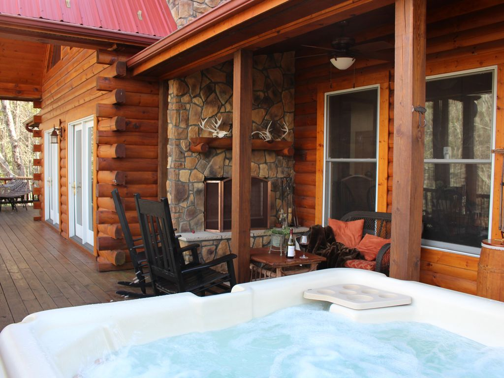 High whisper luxury log cabin outside fireplace hot tub for Elevated log cabin