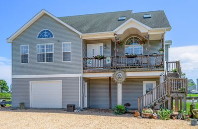 Photo for A Waterfront Dream Home on the Chincoteague Bay that sleeps 10!