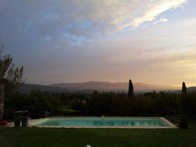Photo for Magical views over the Luberon