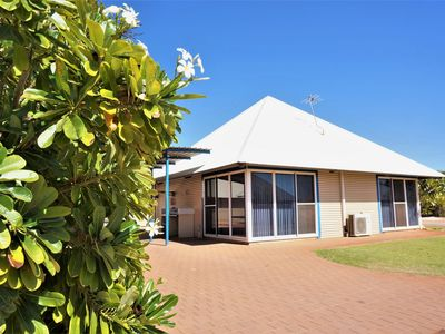 Photo for Osprey Holiday Village Unit 120 - Plenty of room for a large family