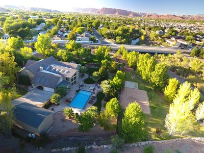 Miraculous Located In The Heart Of St George Utah The River Home At Green Valley St George Home Interior And Landscaping Elinuenasavecom