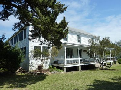 Photo for Soundfront Inn:  Spacious historic home with beach on Pamlico Sound