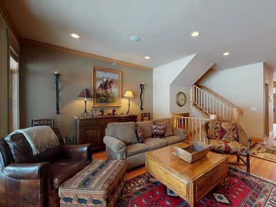 Photo for NEW LISTING! Stylish and comfortable condo w/ private hot tub & shared pool!