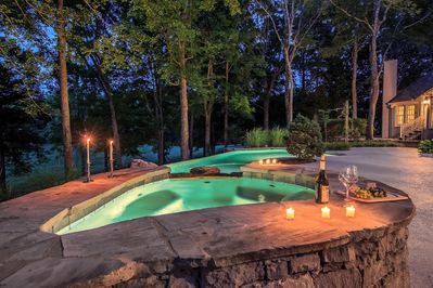 Heated Pool and Jacuzzi, Pool is open year round.
