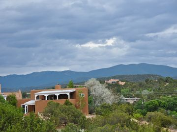 Casa Altamira -  Large 3BR, gorgeous mtn views, walk to the Plaza