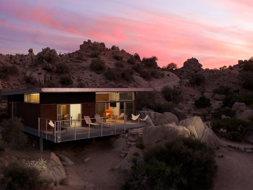 Dwell Published Modern Home Near Joshua Tree National Park