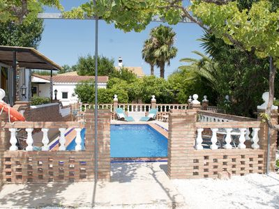 Photo for FANTASTIC LOCATION WITH PRIVATE POOL - SLEEPS 7