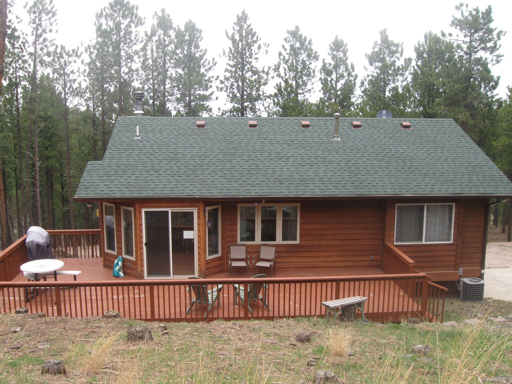 Close to pactola lake centrally located to homeaway for Pactola lake cabins