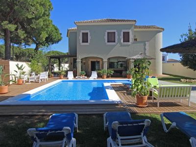 Photo for Casa Verde - Fantastic holiday villa for big families with beautiful pool area
