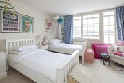 London Home 602, Enjoy a Holiday of a Lifetime Renting Your Own Private London Home - Studio Villa, Sleeps 6