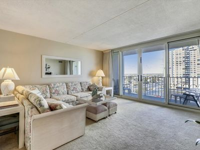 Photo for FREE DAILY ACTIVITIES! QUAY 0803 - 107th STREET OCEAN VIEW