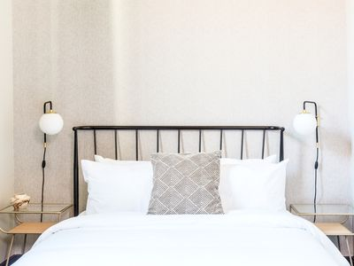 Photo for Sonder | Hayes Valley | Airy Double Room + Lounge