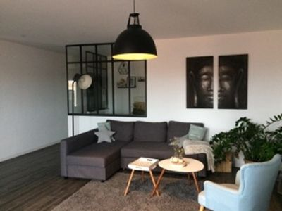 Photo for Apartment 3rd floor, fully renovated, 5 minutes train station and 10 minutes beach
