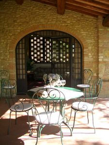 Dining 'al fresco' under the big covered loggia!!!