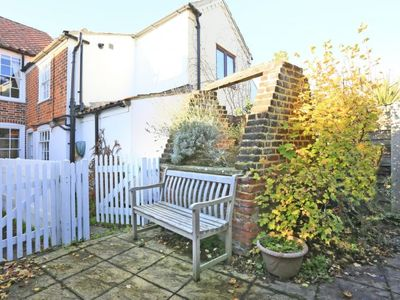 Photo for Vacation home Well in Southwold - 3 persons, 2 bedrooms