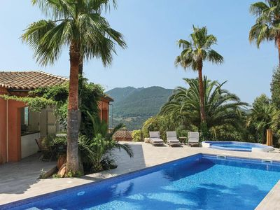 Photo for 6 bedroom Villa, sleeps 11 in L'Église with Pool, Air Con and WiFi