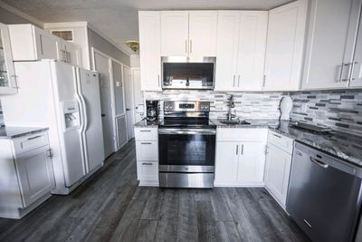 Full renovated kitchen