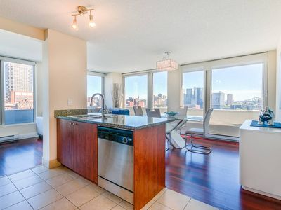 Photo for Good View! Old Port! 2 Luxury BDR! Chinatown