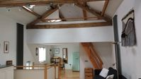 The barn was lovely and had everything we needed.Diane was very helpful and friendly .Great location
