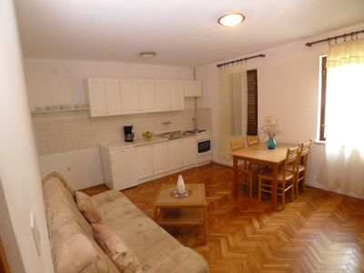 Photo for Holiday apartment for 4 persons with one bedroom only 450 m from the sea