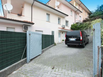 Photo for Apartment in Massarosa with Internet, Air conditioning, Parking, Terrace (668520)