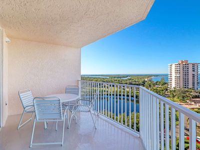 Photo for New Listing-AMAZING 9th Floor Gulf & Bay View! Minutes to Gulf Beaches! Free Parking! Free WiFi!