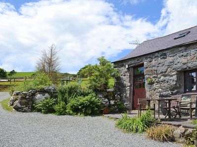 Photo for 1BR Cottage Vacation Rental in Criccieth, Gwynedd