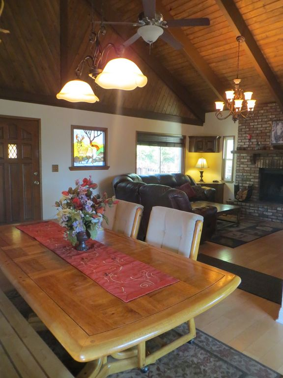 Spacious Cabin Near Lake A C Gorgeous Vie Vrbo