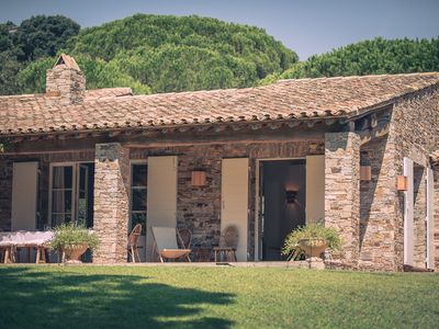 Photo for GIGARO, lovely stone house in its park of 5000m2, sleeps 11