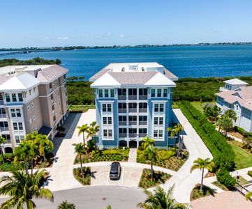 Photo for Brand new luxury condo in Margaritaville at Harbour Isle on Anna Maria Sound