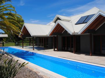Search 344 holiday rentals