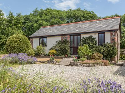 Photo for WAGTAIL, pet friendly, with a garden in Bradworthy, Ref 18569