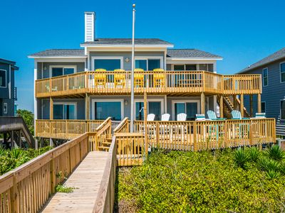Photo for SQUIRRELLY BANANA: 4 BR / 3 BA oceanfront in Topsail Beach, Sleeps 8
