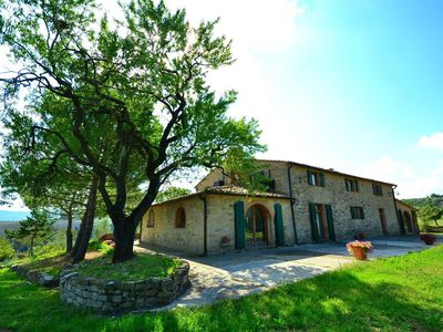 Photo for A beautiful house with breathtaking view, large private pool, near Pisa