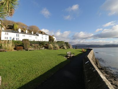 Photo for DOVEY VIEW, with a garden in Aberdovey, Ref 954556