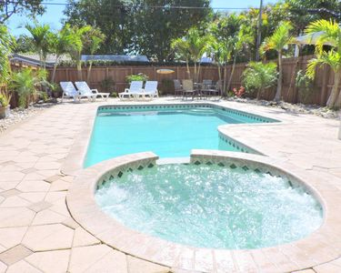 Photo for Sunset House 3/2 Heated Pool & Jacuzzi for 8 Guests