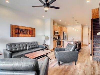 Photo for Brand New Townhome 4 Bed 3 Bath with private hot tub