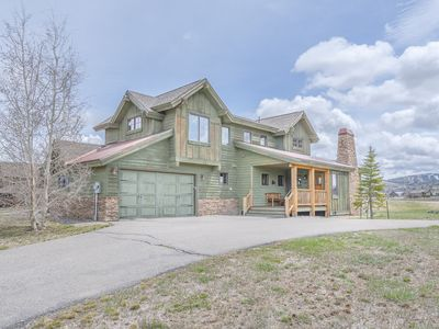 Photo for Beautiful 3 bedroom / 3.5 bathroom house on the golf course (Grand Elk GC)