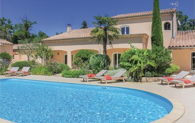 Photo for 5 bedroom accommodation in Montelimar