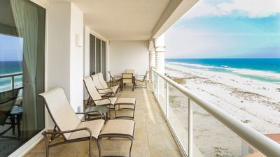 Photo for Stunning Beach Front Views, On Site Spa & Gym with Free Beach Chairs & Umbrella!