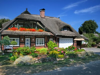 Photo for Country house with charming Bodden view not far from the Baltic Sea beach