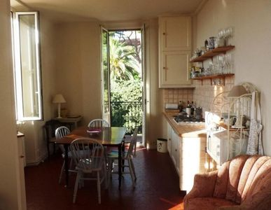 Photo for Charming Provencale apartment with balcony & internet located in Cannes Old Town