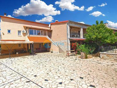 Photo for Apartment 968/2575 (Istria - Valbandon), Family holiday, 750m from the beach
