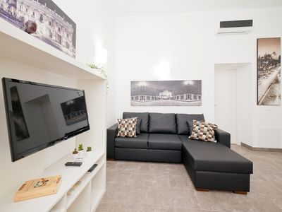 Photo for Modern 2Br 2Ba Apartment With WiFi & Air-Con at Trevi