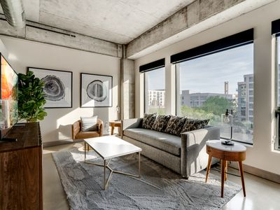 Photo for Minnestay* City Loft 21|North Loop|Walk to it all