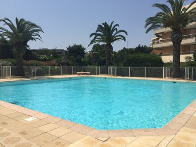 Photo for Frejus beach 2 rooms sea swimming pool and parking